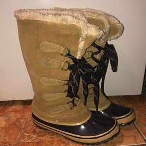 Shoes - Sport Winter boots size 6